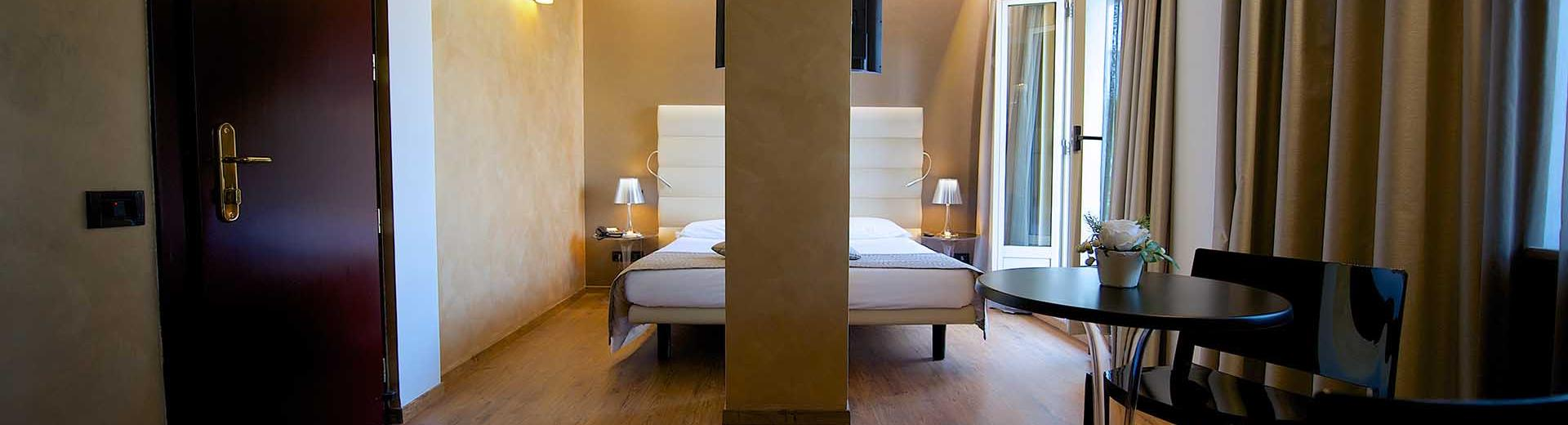 Elegance in the superior rooms of the best Western Hotel Luxor 3 star hotel in Turin