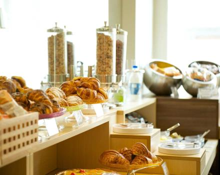 Tasty breakfast buffet at Best Western Hotel Luxor, 3-star Turin