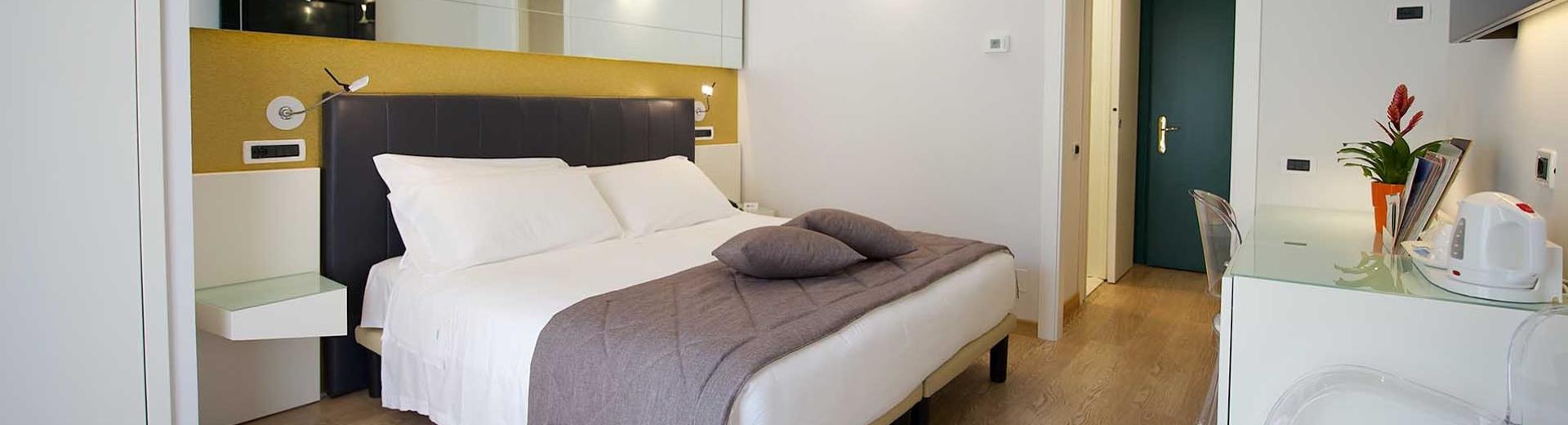 Camera Matrimoniale A Torino.Camera Matrimoniale In Centro A Torino Hotel Luxor 3 Stelle