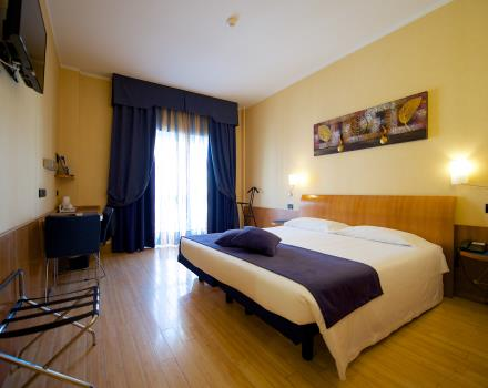 Check out our 4 star hotel standard double rooms in Turin